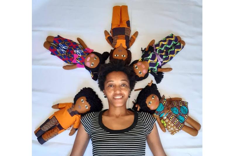 A marca de bonecas que promove a auto-estima e a beleza negras