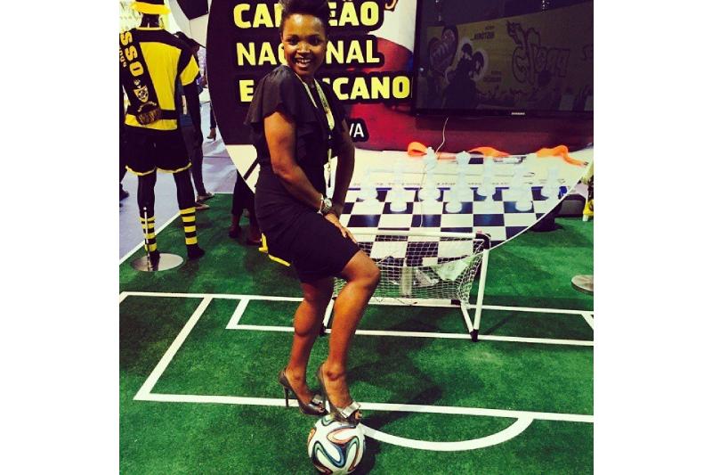 Na linha de jogo de Maria Tavares, a bola dá muitas voltas à vida