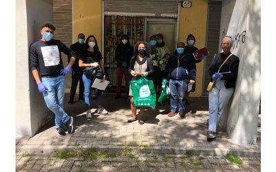 O efeito dominó que liga o Natal de dezenas de famílias na Amadora